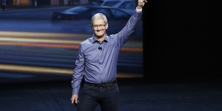 SAN FRANCISCO, CA - SEPTEMBER 9: Apple CEO Tim Cook waves as he arrives on stage during an Apple Special Event on at Bill Graham Civic Auditorium September 9, 2015 in San Francisco, California. Apple Inc is expected to unveil latest iterations of its smart phone, forecasted to be the 6S and 6S Plus. The tech giant is also rumored to be planning to announce an update to its Apple TV set-top box. (Photo by Stephen Lam/ Getty Images)