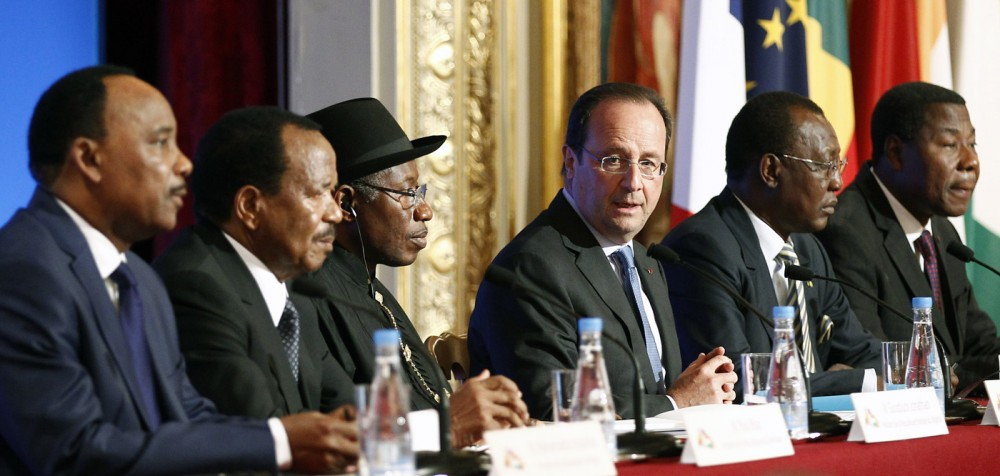 PARIS, FRANCE - MAY 17:  (L-R) Niger's president Mahamadou Issoufou, Cameroon's president Paul Biya, Nigeria's president Goodluck Jonathan, French president Francois Hollande, Chad's president Idriss Deby Itno and Benin's president Thomas Boni Yayi attend a  joint press conference at the end of the Paris Summit for security in Nigeria, Saturday, May 17, 2014, at the Elysee Palace, in Paris, France.This African security summit is hold to discuss the Boko Haram threat to regional stability.  (Photo by Thierry Chesnot/Getty Images)