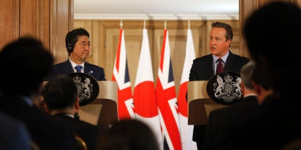 British Prime Minister David Cameron (R) and Japanese Prime Minister Shinzo Abe attend a joint press conference following their meeting inside 10 Downing Street in central London on May 5, 2016.Prime Minister Shinzo Abe warned that Britain would become