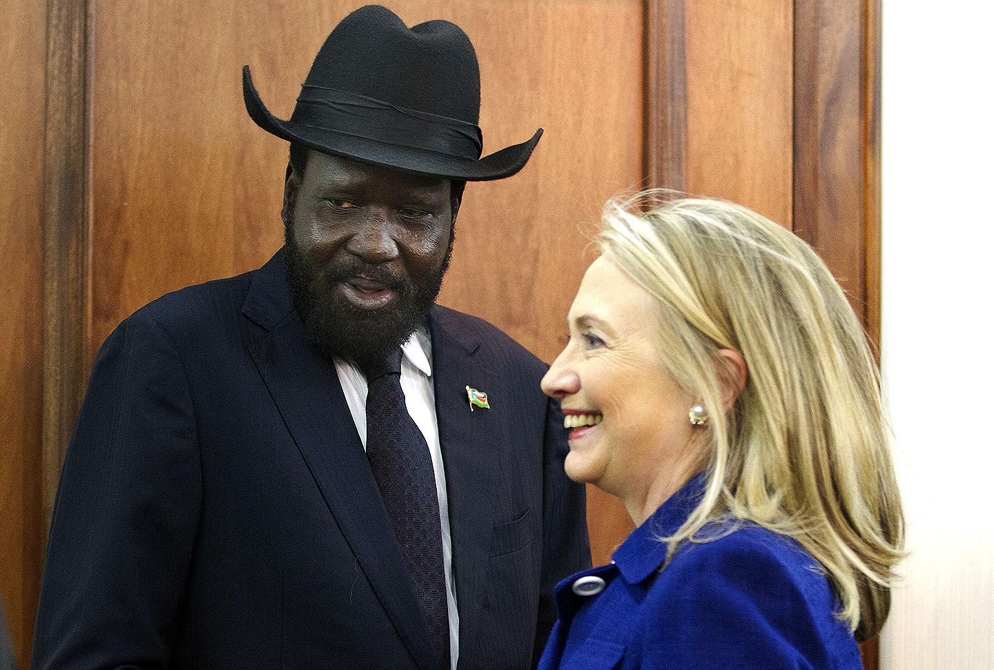 U.S. Secretary of State Hillary Clinton (R) meets with South Sudanese President Salva Kiir at the Presidential Office Building in Juba August 3, 2012. U.S. Secretary of State Clinton urged South Sudan and Sudan on Friday to end an oil dispute that has brought the neighbors to the brink of war, during the highest-level visit of a U.S. official to Juba since its independence a year ago.  REUTERS/Jacquelyn Martin/Pool (SOUTH SUDAN - Tags: POLITICS) (Newscom TagID: rtrlfive409924.jpg) [Photo via Newscom]