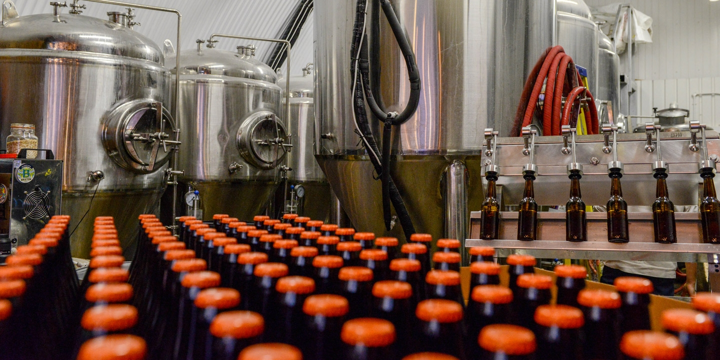 largest craft breweries industry bankrolls fight against pot in 2312