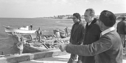 Former Israeli Prime Minister Shimon Peres walks along a new pier in Gaza City on January 13, 1972.