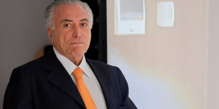 Brazilian President Michel Temer arrives to the presentation of the Investment Partnerships Program at Planalto Palace in Brasilia, on September 13, 2016. The government announced the concession or sale of 30 projects in the areas of energy, airports, roads, ports, railways and mining. According to the president, the package aims to increase investments to reflate the economy in recession and stimulate job creation. / AFP / EVARISTO SA (Photo credit should read EVARISTO SA/AFP/Getty Images)