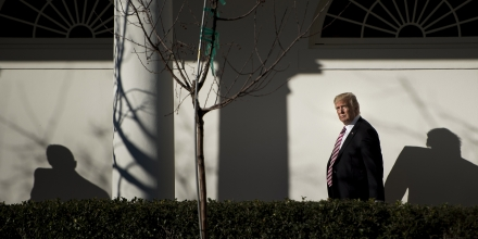 US President Donald Trump walks from the Residence to the West Wing of the White House after returning from Philadelphia on January 26, 2017 in Washington, DC. / AFP / Brendan Smialowski        (Photo credit should read BRENDAN SMIALOWSKI/AFP/Getty Images)