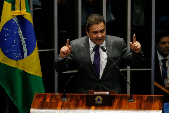 BRASILIA, BRAZIL - AUGUST 31:  Session of the Federal Senate vote clearance permanently President Dilma Rousseff office. Senator Aécio Neves<br /><br /><br /><br /> (Photo by Igo Estrela/Getty Images)