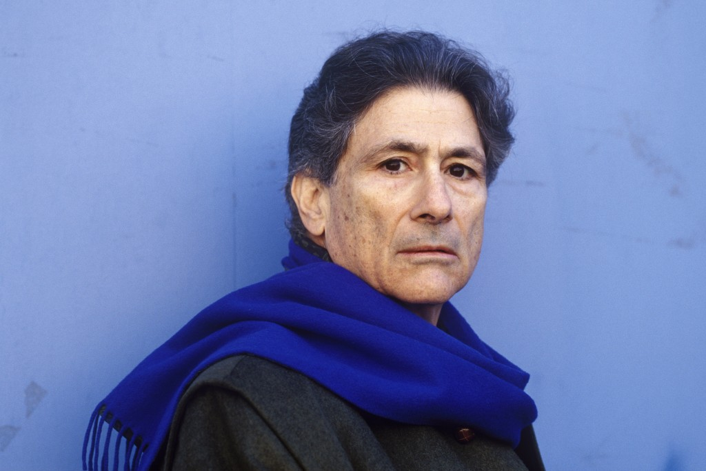 PARIS - NOVEMBER 25: Palestinian author Edward Said poses while in Paris,France to promote his book on the 25th of November 1996. (Photo by Ulf Andersen/Getty Images)