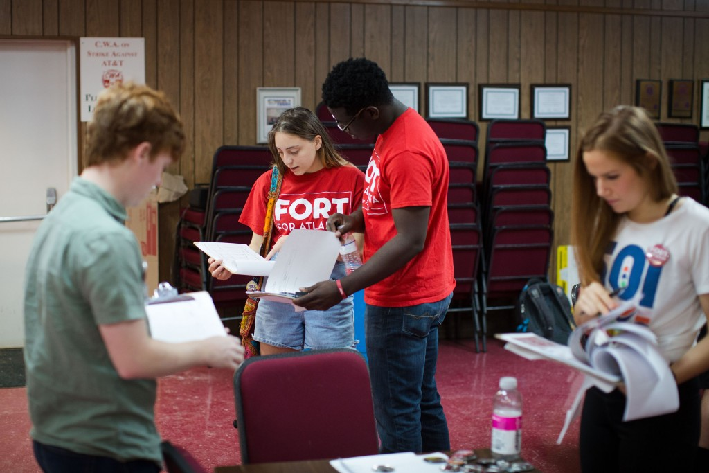 People working on the Vincent Fort campaign at CWA 3204 (Communications Workers of America) in Atlanta on Saturday, Sept. 9, 2017. Fort is one of 12 candidates in a non-partisan race for Atlanta mayor. Photo by Kevin D. Liles for The Intercept
