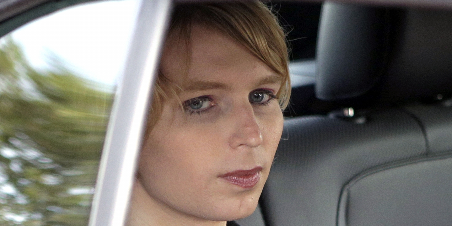 Chelsea Manning prohibited to enter Canada